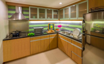 Discovery Suites One Bedroom Kitchen